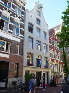 eve-s-guesthouse-amsterdam_simone-blaschke