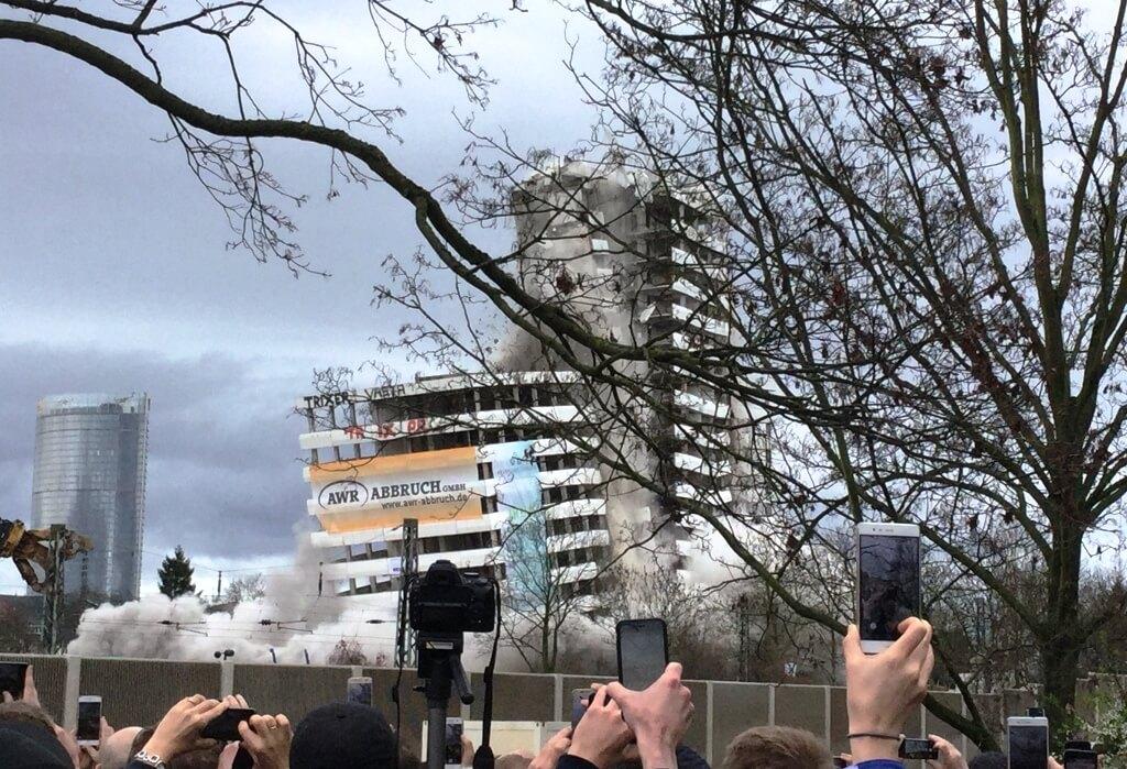 Ein lauter Knall und das Bonn-Center ist passé 1