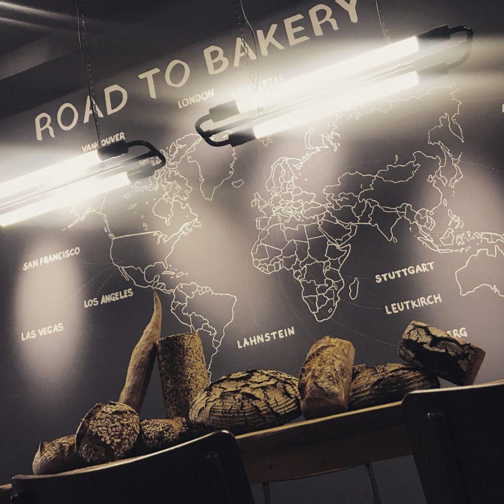 Brot und Reisen - der kultige Brotladen in Bonn 7