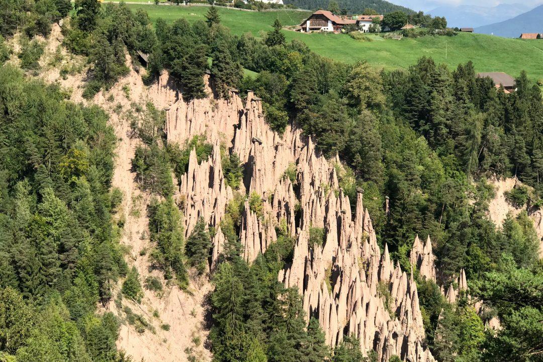 Südtiroler Erdpyramiden sind Naturwunder #Kultding des Monats Oktober 12