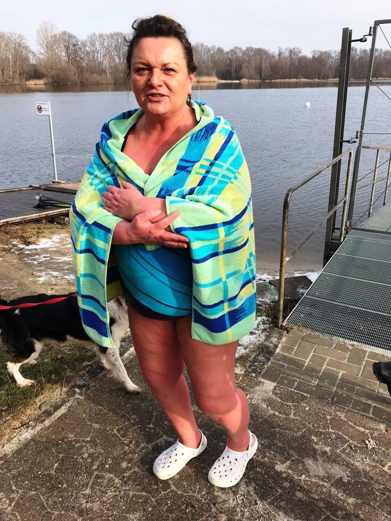 Eisbaden nur für ganz Harte #Kultding des Monats Februar 4