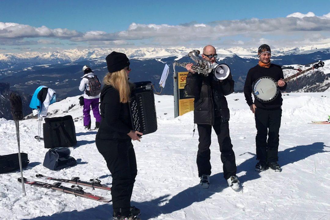 Swing on Snow auf der Seiser Alm #Kultding des Monats März 1