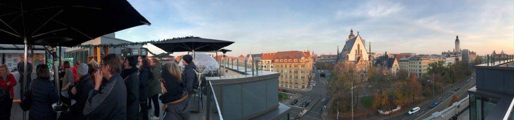 Blick von der Rooftop Bar auf ganz Leipzig (Foto Simone Blaschke)