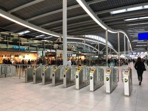 Den topmodernen Hauptbahnhof von Utrecht solltest du dir unbedingt ansehen. Foto: Simone Blaschke