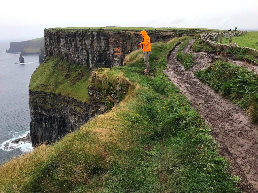 Irlands bekannteste Klippen sind die Cliffs of Moher (Foto KULTREISEblog)