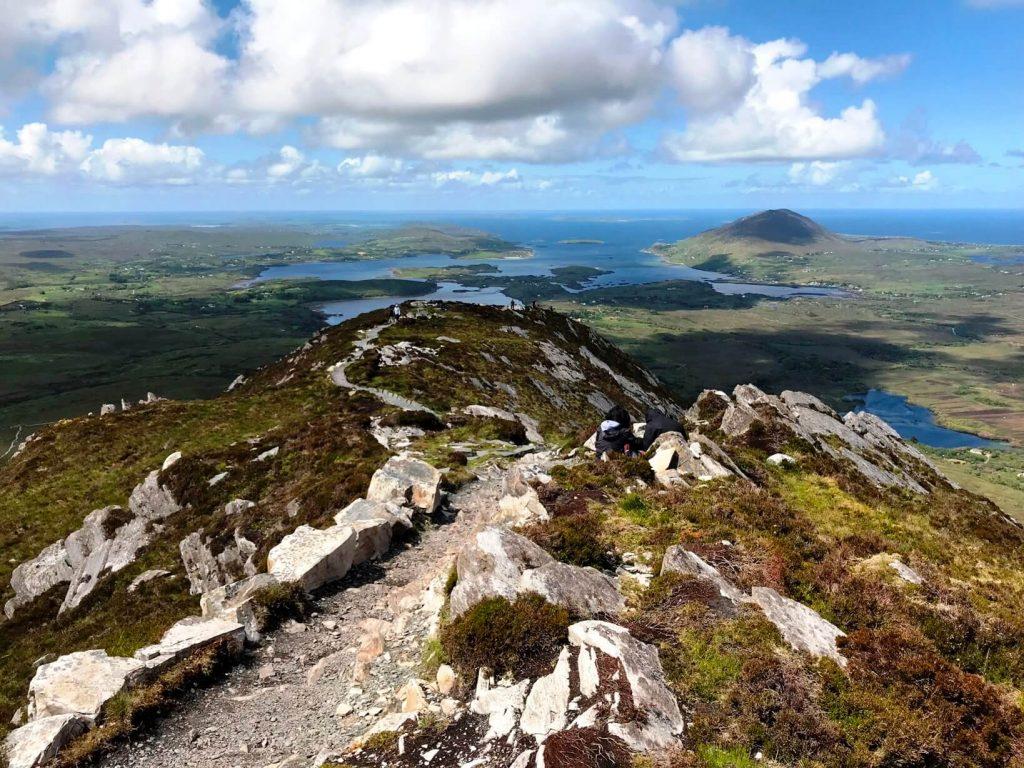 Grandioser Ausblick vom Diamond Hill zur Westküste von Irland. (Foto KULTREISEblog)