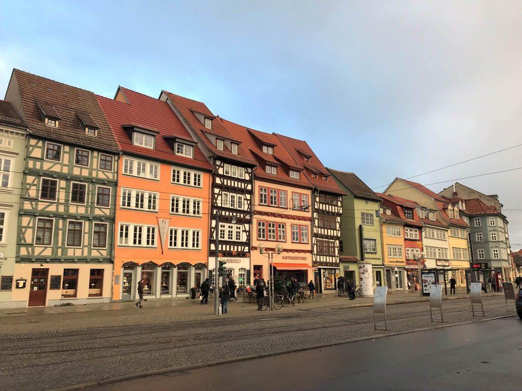 Schöne Altstadtfassaden mit Fachwerk in Erfurt. (Foto KULTREISEblog)