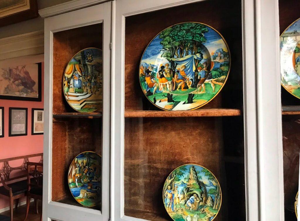 Goethes Majolica-Schüsseln und Vasen