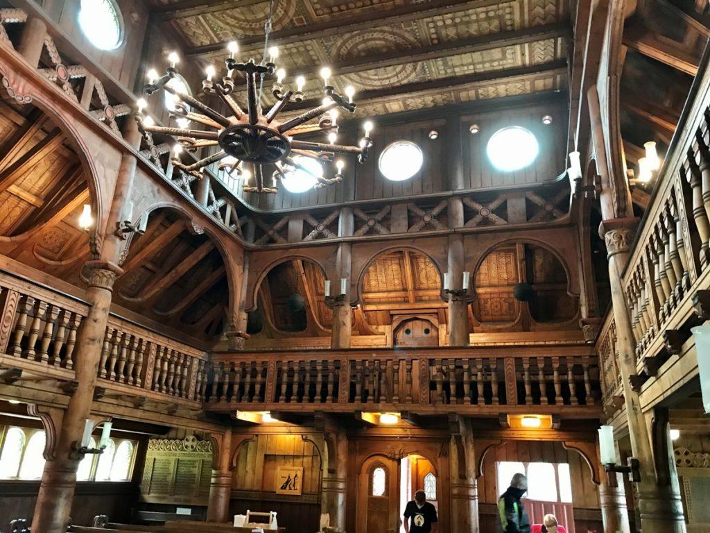 Stabkirche von innen (Foto Kultreiseblog)